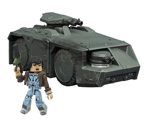 TRU Exclusive Aliens Minimates Battle Damaged APC Vehicle Set