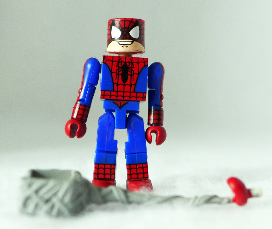 Masked Spider-Man Loose Minimate