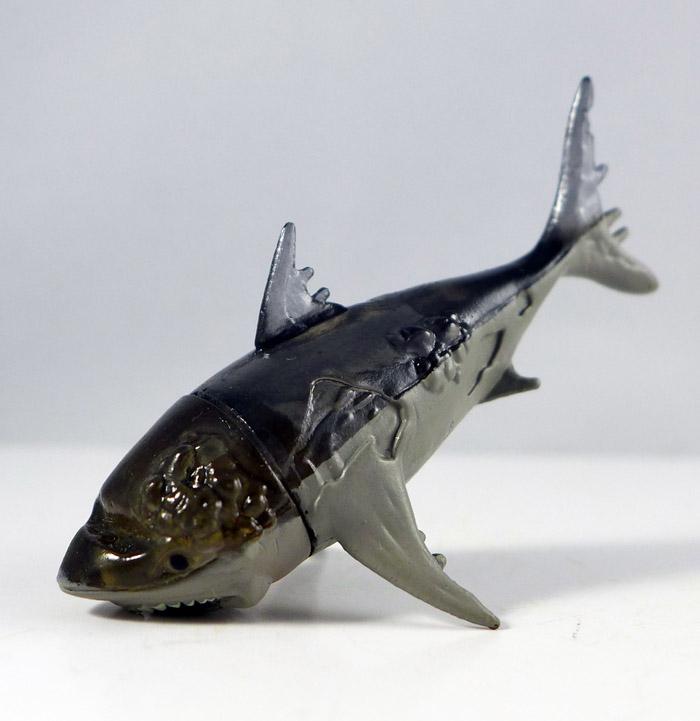 Ghost Shark Loose Minimate