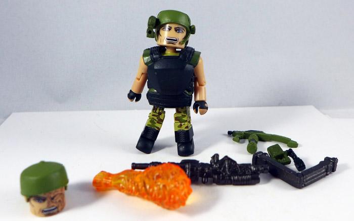 TRU Pvt. Drake Loose Minimate