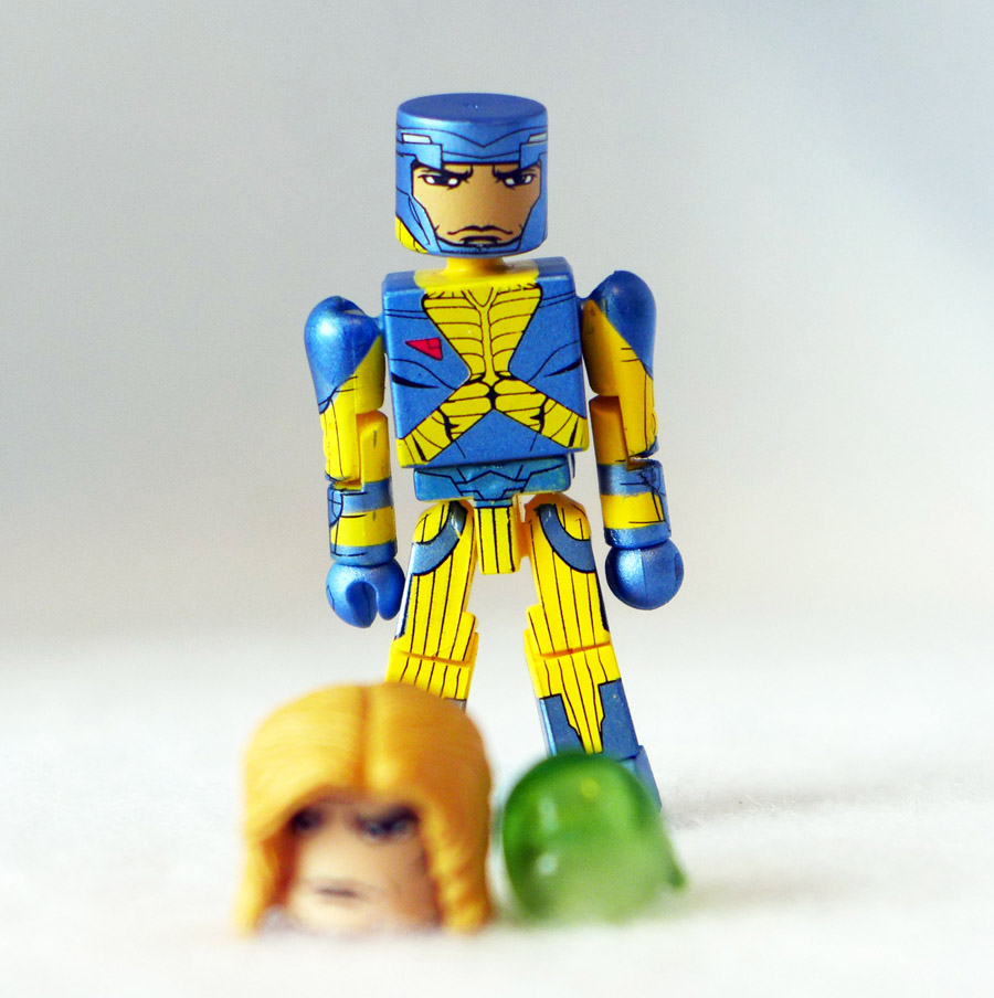 X-O Manowar Loose Minimate