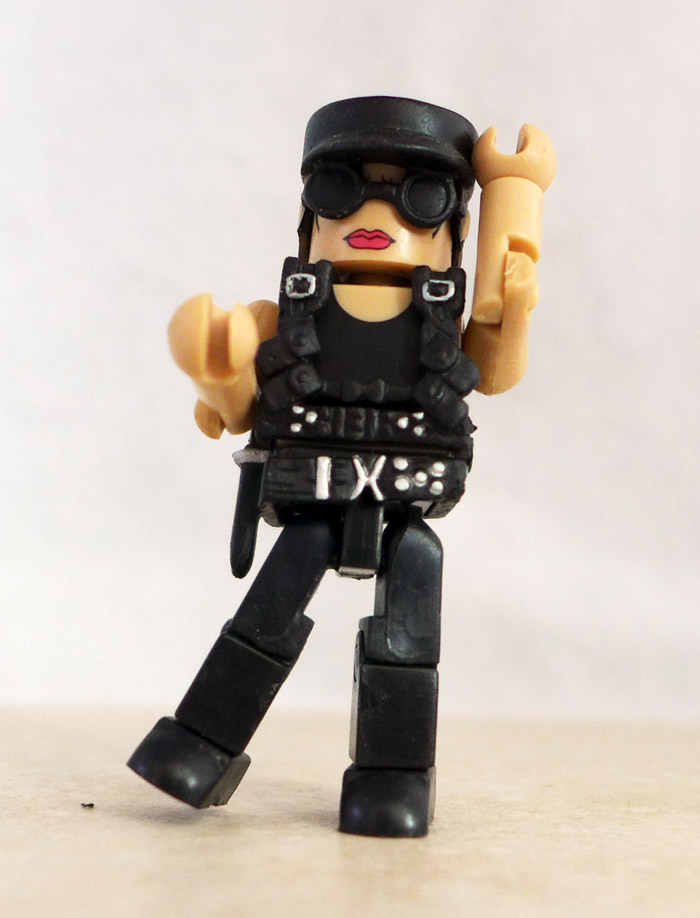 Sarah Connor Loose Minimate