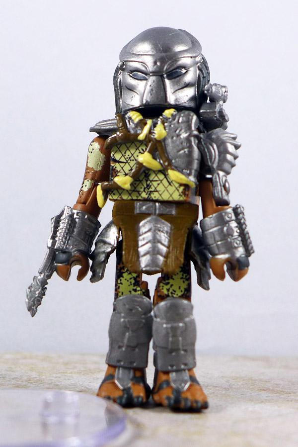 Masked Predator Loose Minimate
