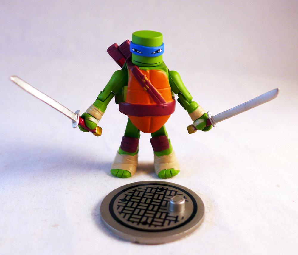 Leonardo TMNT Series 1 Minimate