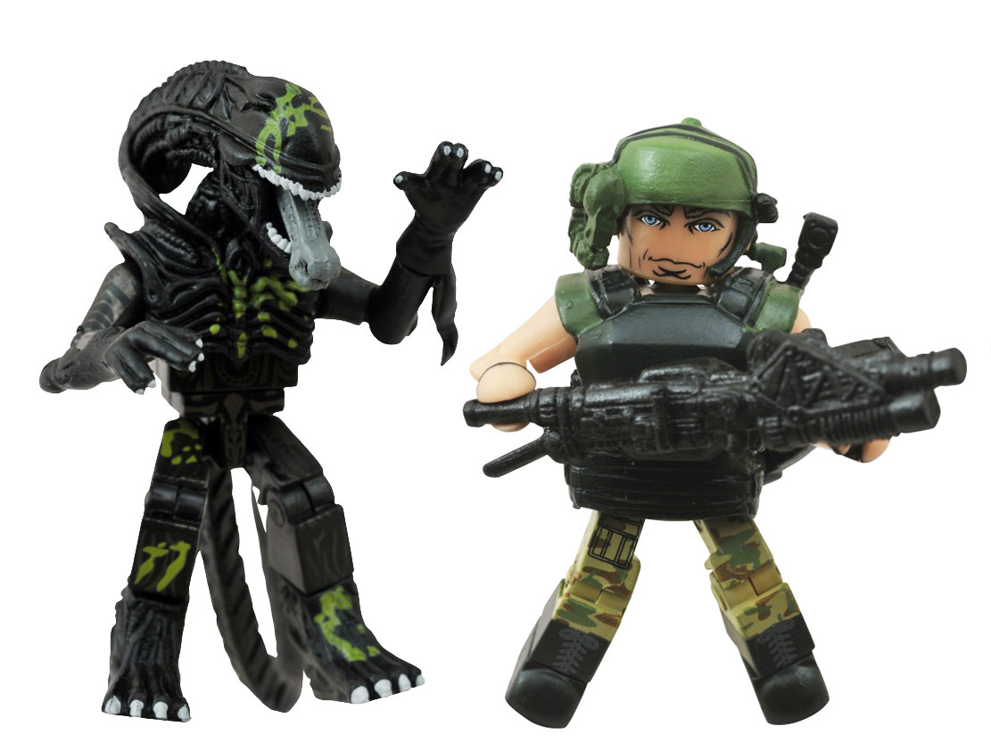 Pvt. Drake & Battle-Damaged Attacking Alien Minimates