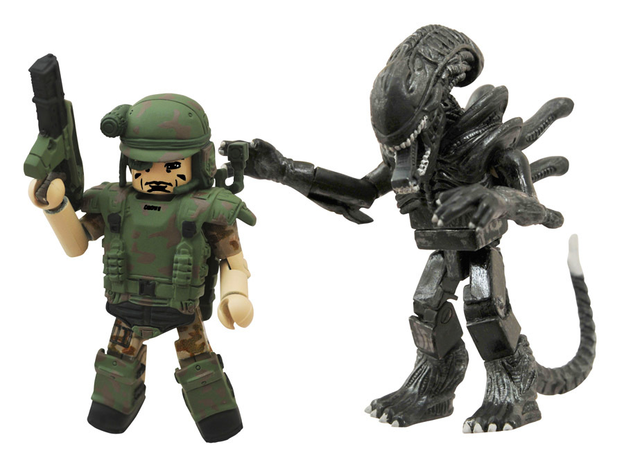Pvt. Crowe & Attacking Alien Minimates Variant Set