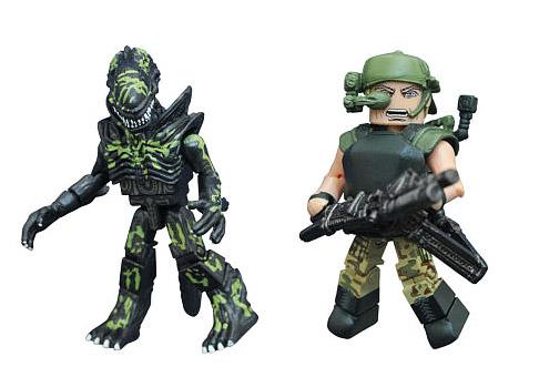 TRU Exclusive Pvt. Drake & Extra-Damaged Alien Minimates